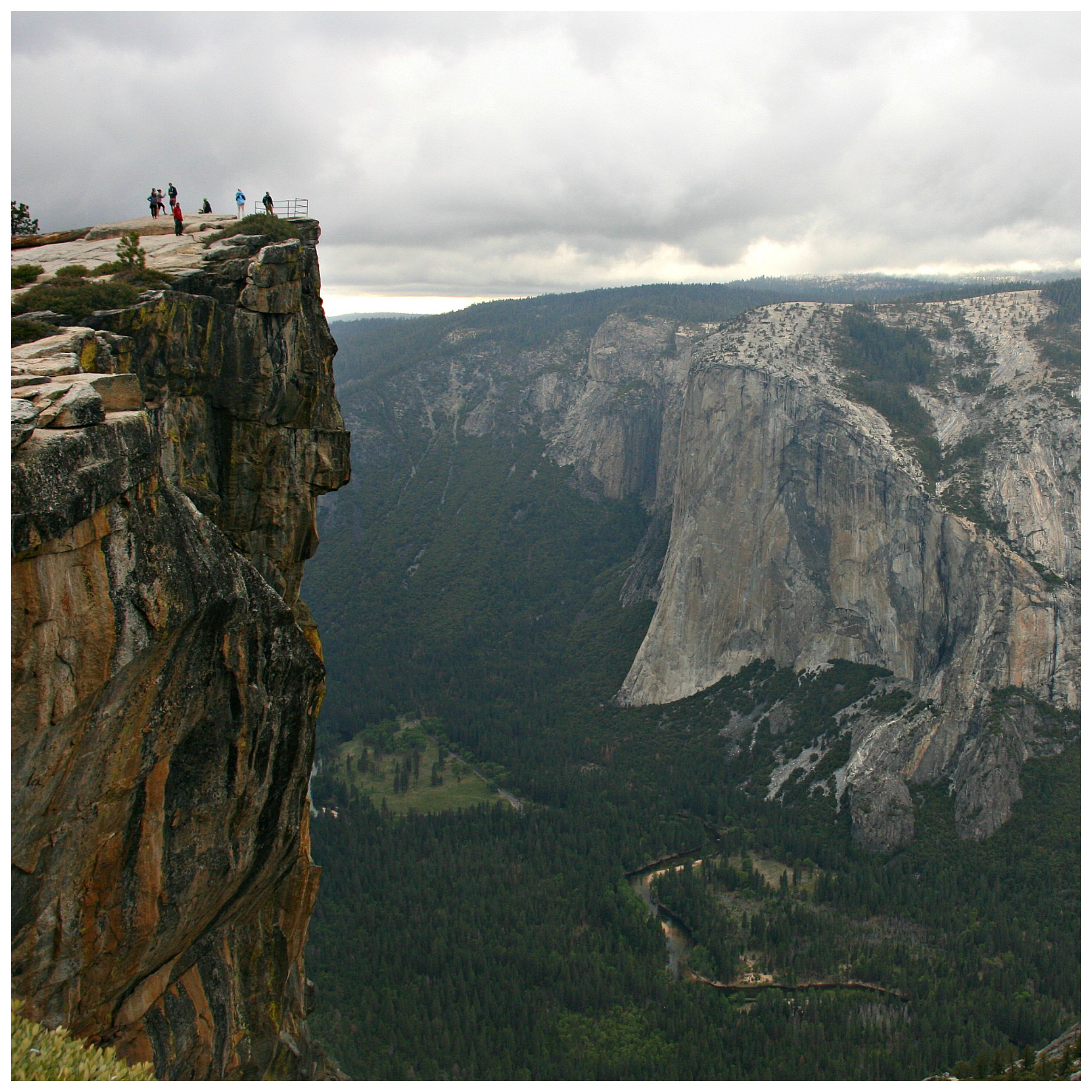 Taft Point, Yosemite National Park