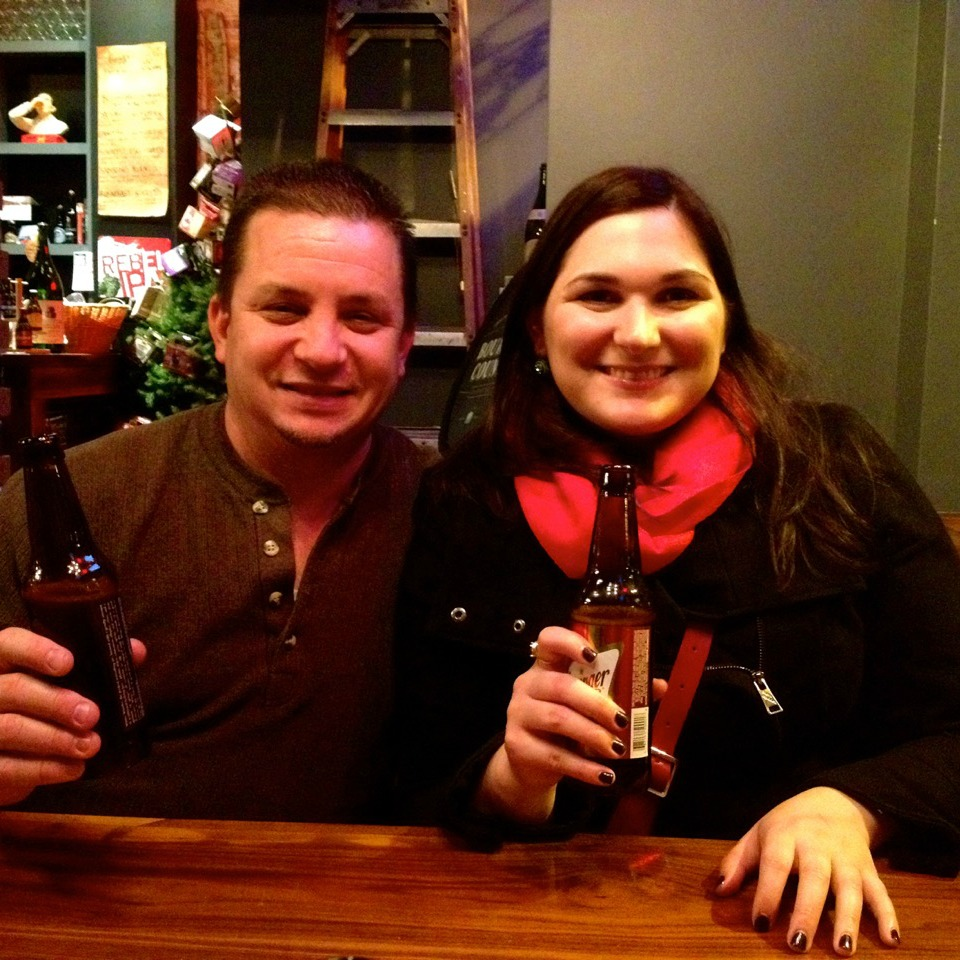 travellers with beers on a philadelphia beer tour