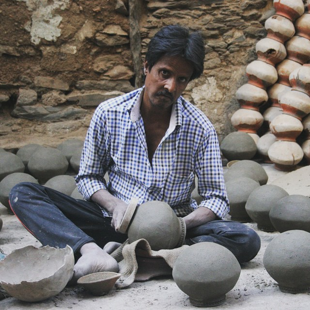 potter at work in udaipur india