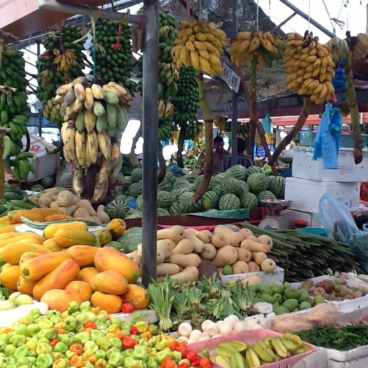 produce market in the maldives