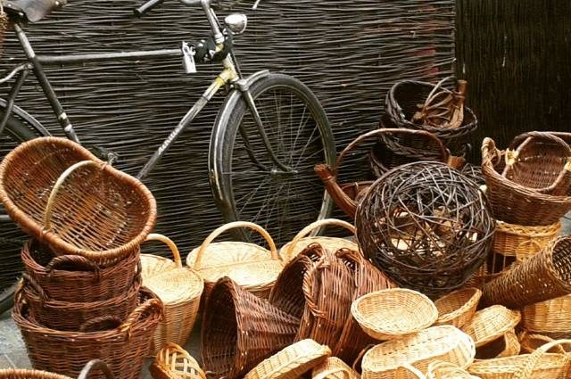 wicker baskets in krakow