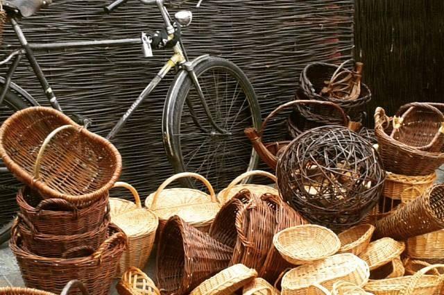 wicker baskets in krakow