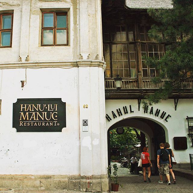 manuc's inn in bucharest