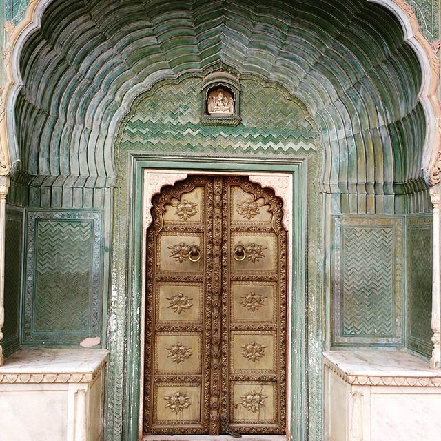 door in jaipur