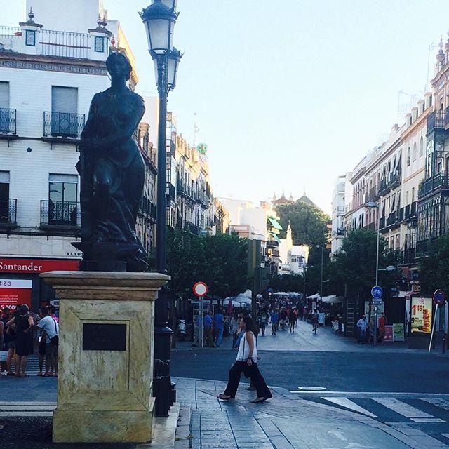neighbourhood of tirana in seville