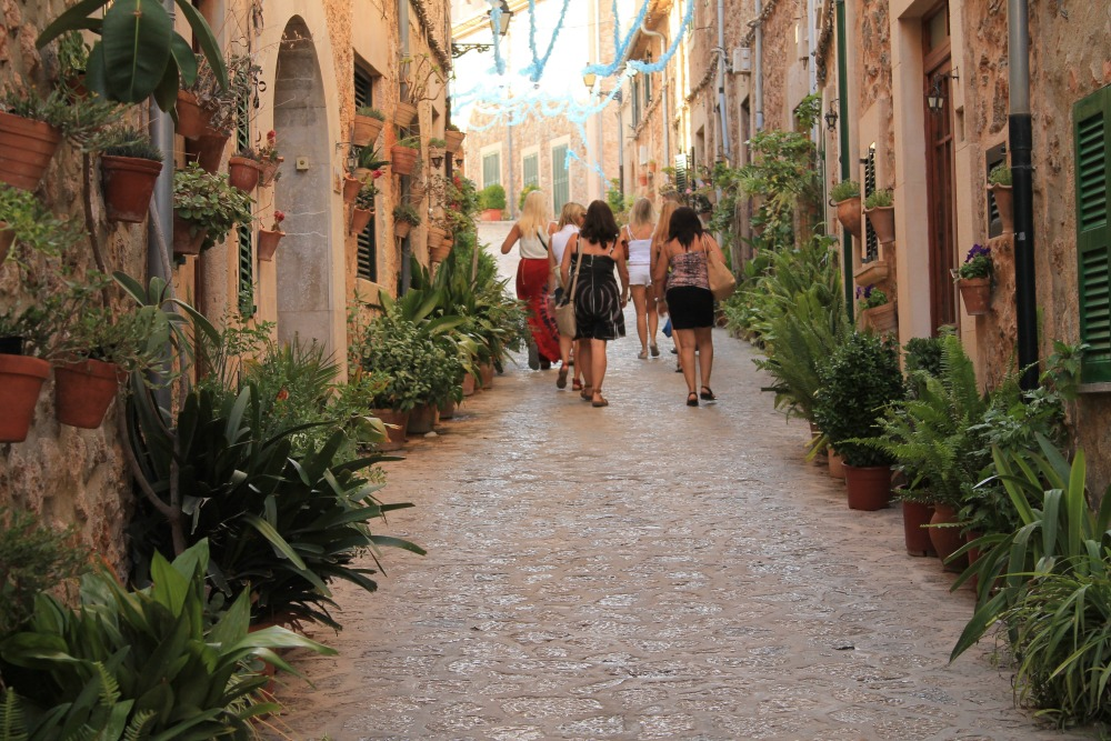 Walking the streets of Palma de Mallorca