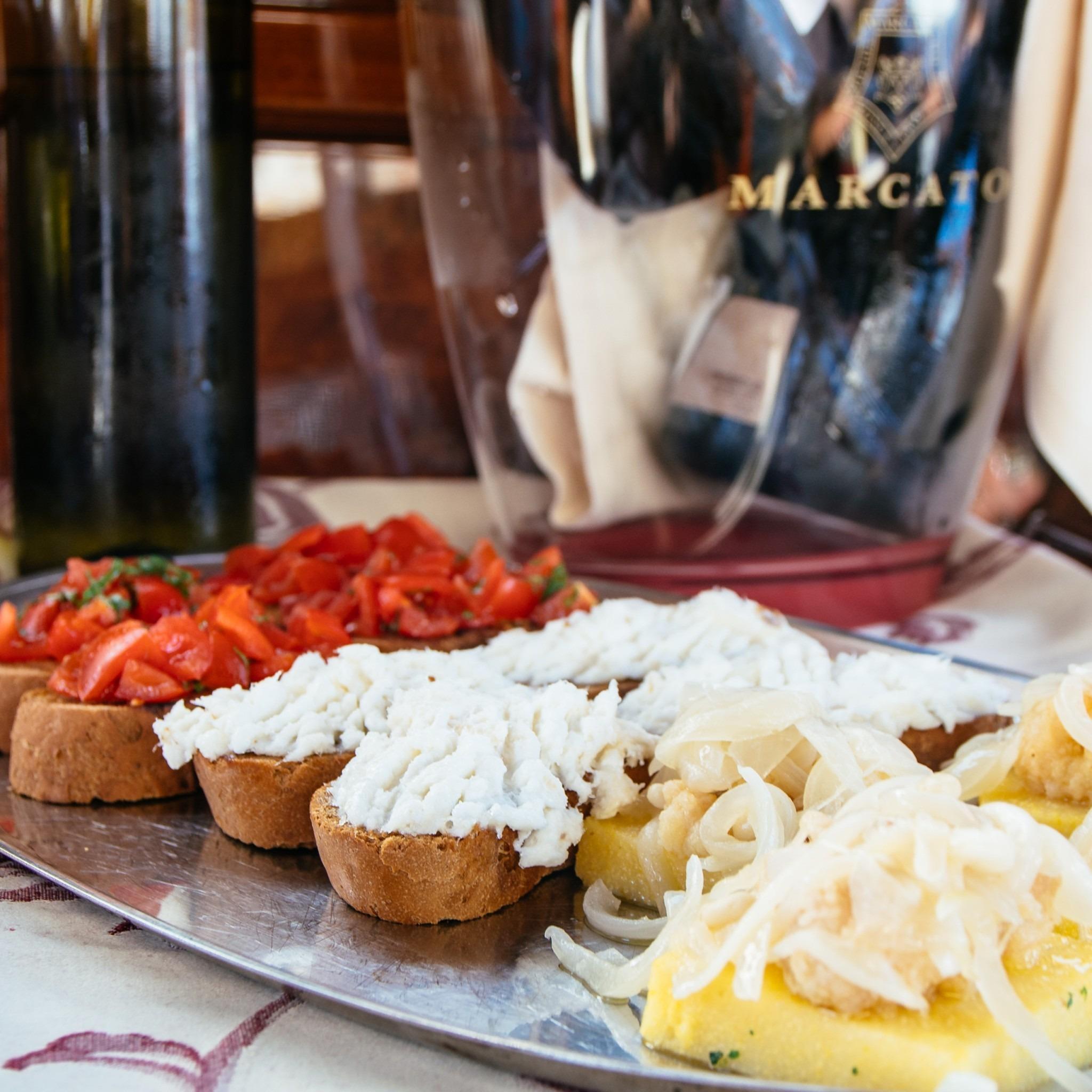plates of snacks in Venice