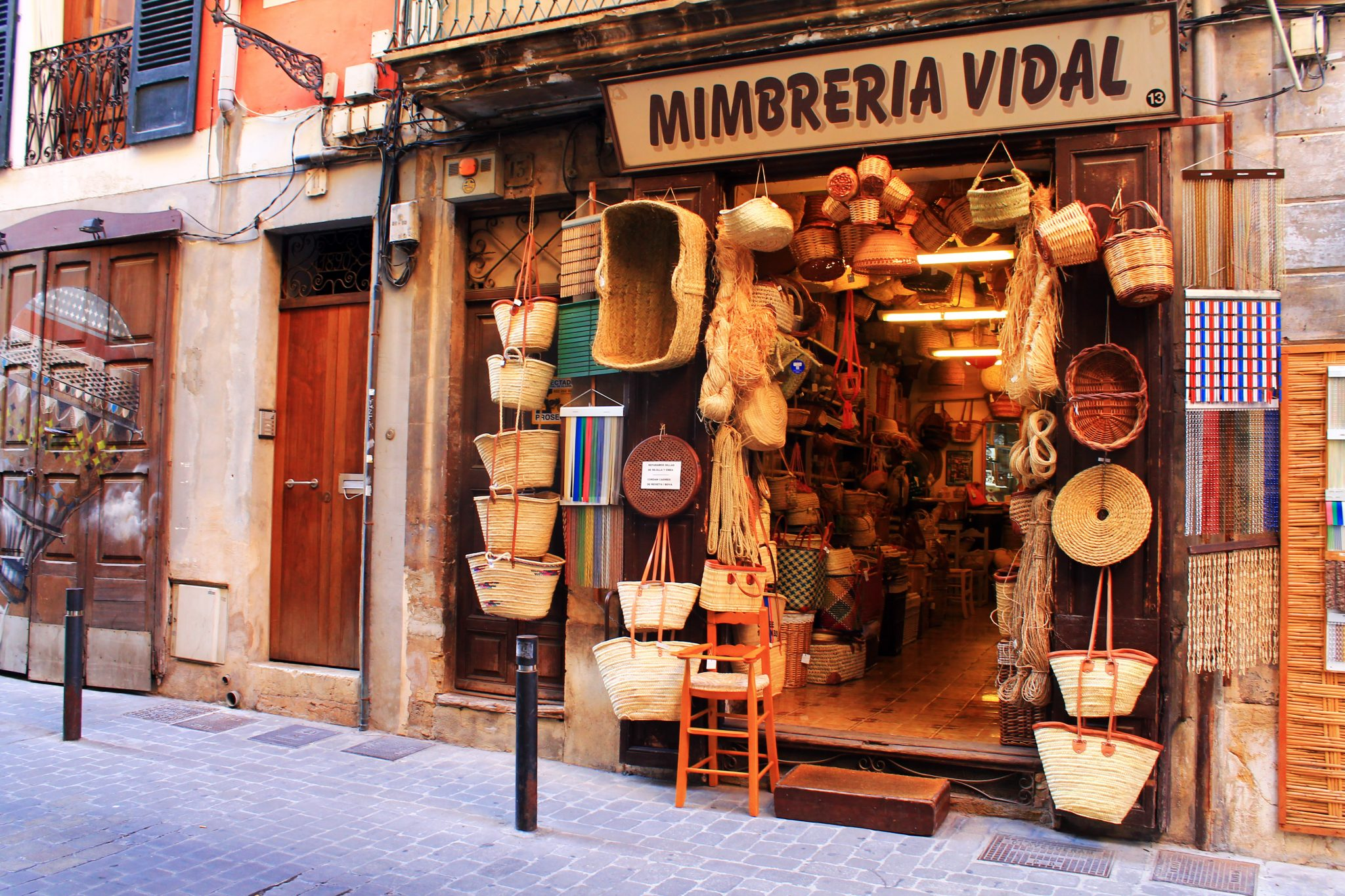 straw basket shop in Palma de Mallorca