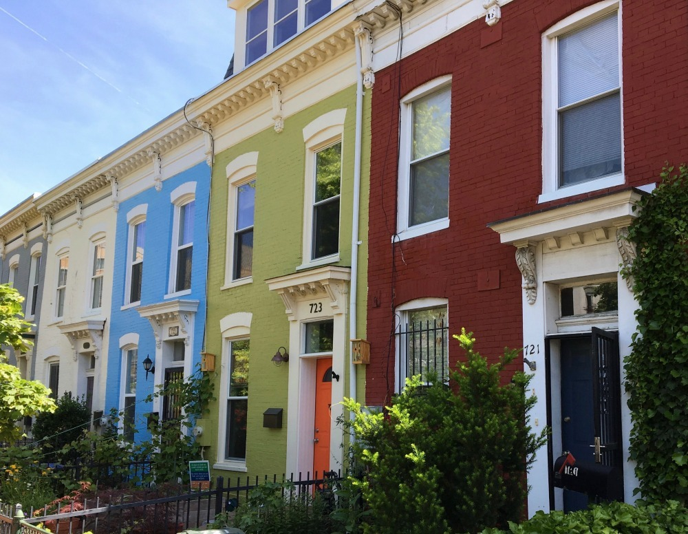 multicoloured houses in Washington DC