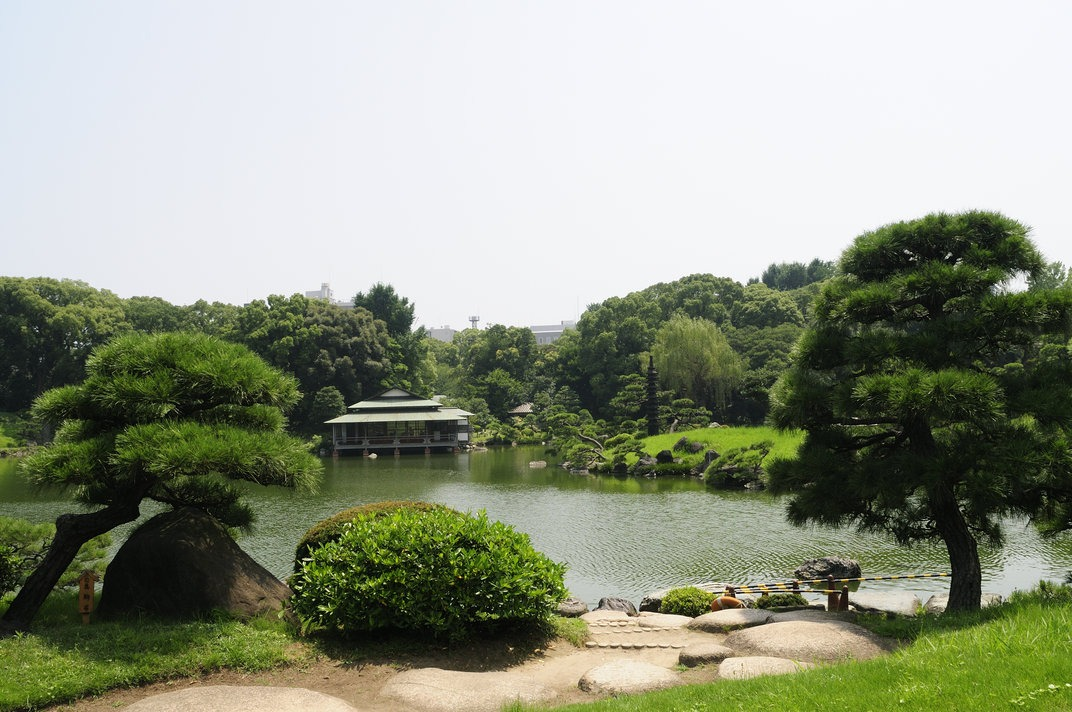 lake and garden in Tokyo