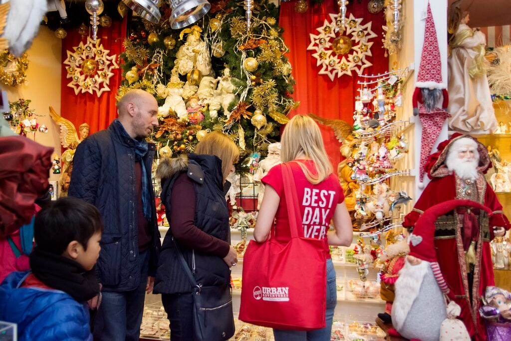 Things To Do Christmas 2019.Things To Do In Budapest At Christmas Urban Adventures