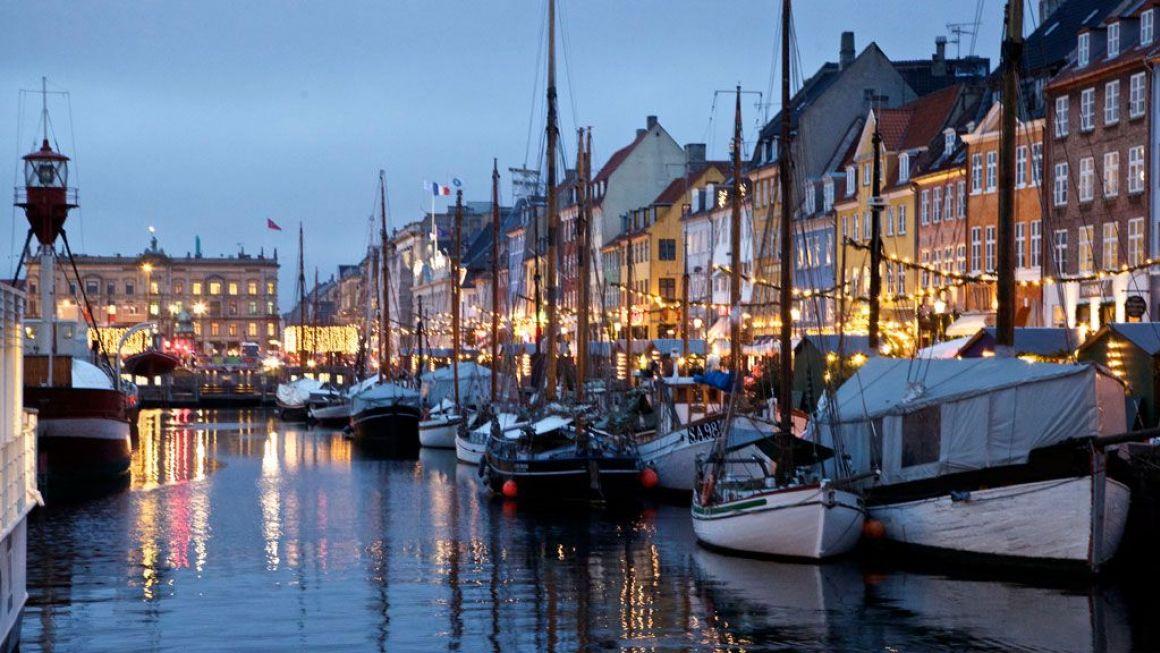Nyhavn harbourside at Christmas